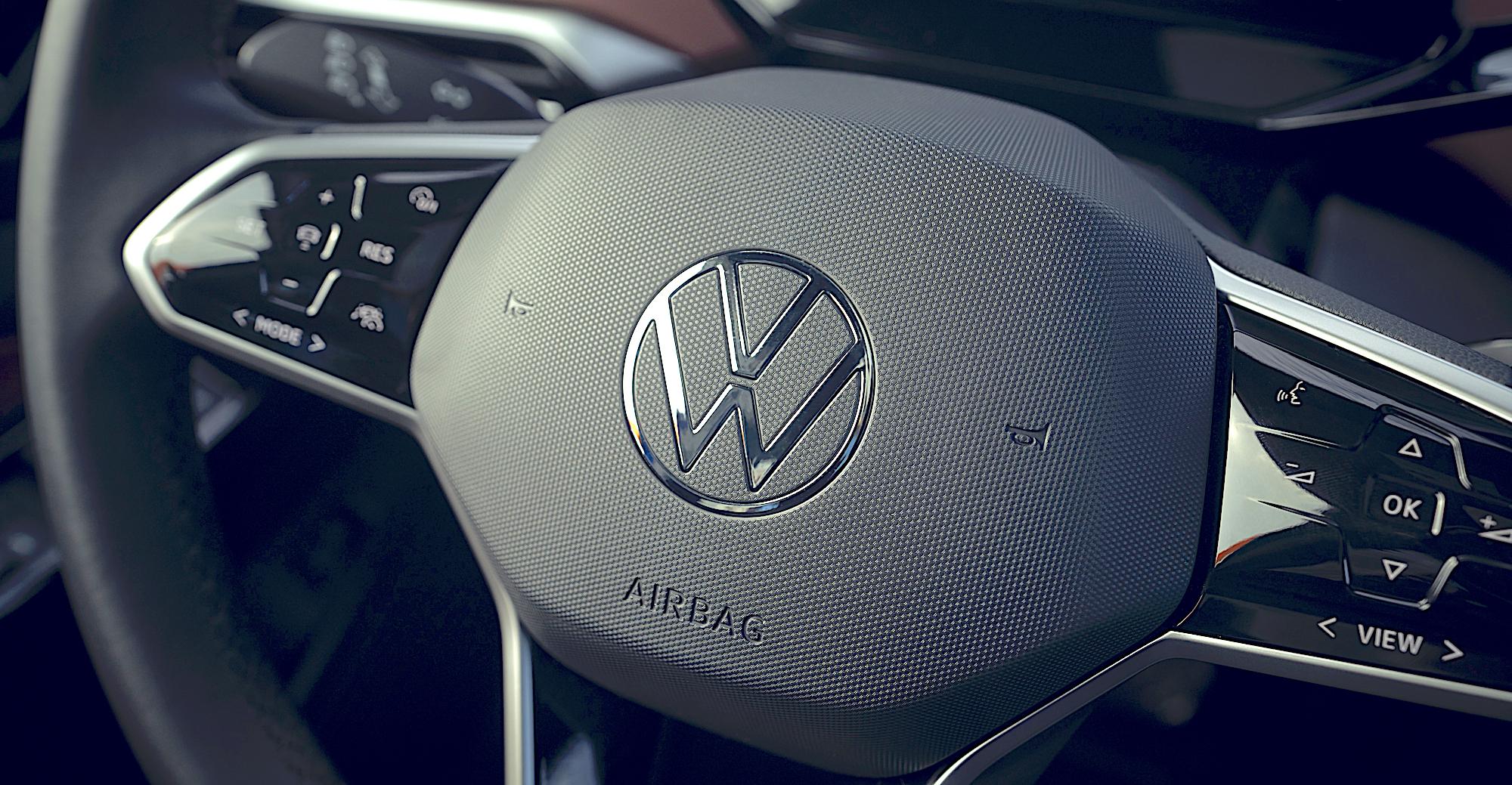 Volant VW ID4 2021.jpg