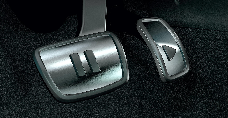 2021 VW ID4 pédales.jpg
