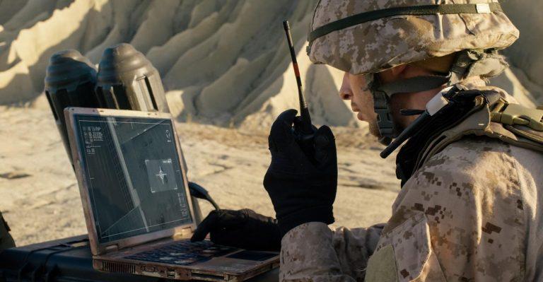 Écrasez cet ordinateur portable et il fonctionne toujours.  Bienvenue sur les appareils militaires Toughbook