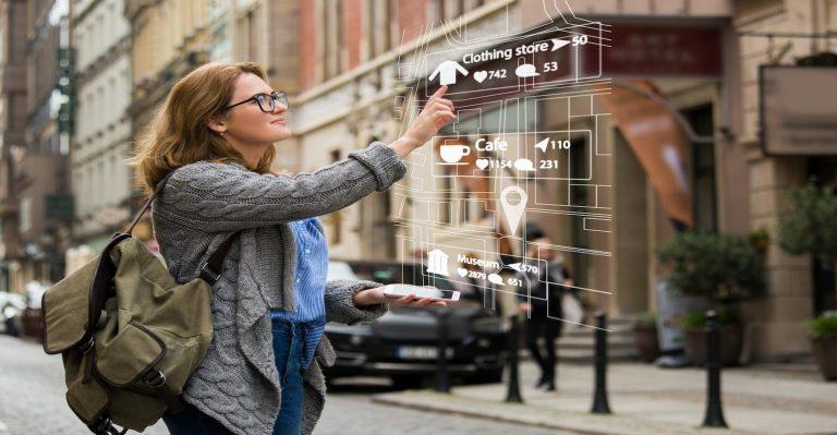 La réalité augmentée se déplace jusqu'au poignet