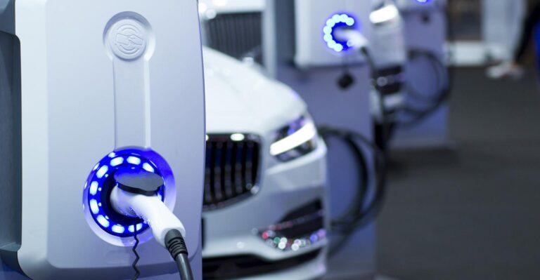 Les considérations d'allègement prennent le pas sur la conception des véhicules électriques à batterie