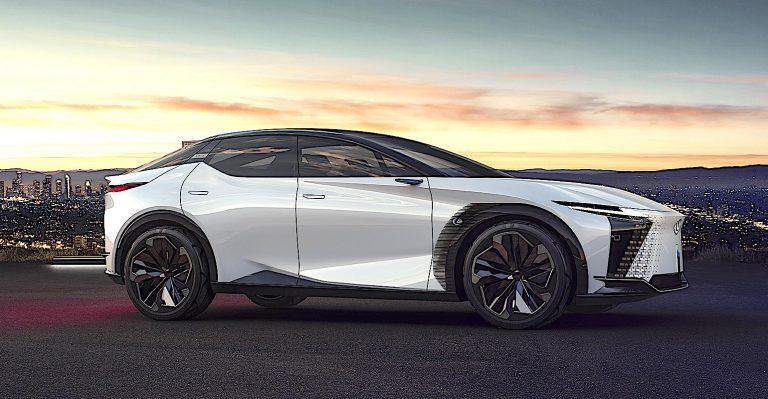 Lexus lance un Blitz de produits de véhicules électrifiés avec Swoopy Concept Car