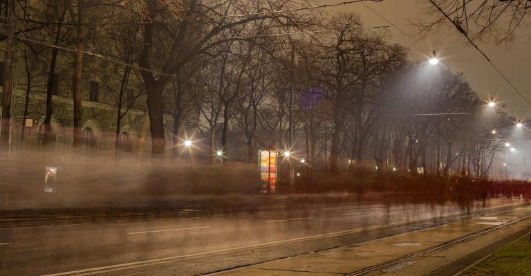 Pouvez-vous voir à travers le brouillard ?  Vous feriez mieux d'être sûr que votre véhicule autonome peut